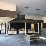 Pour cette pharmacie à Bassillac, Faux plafonds, placoplatre, peinture et papiers peints ont été réalisé pour l'espace du magasin, la réserve et le bureau